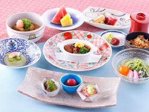 夏の味めぐり~大和の昼膳~