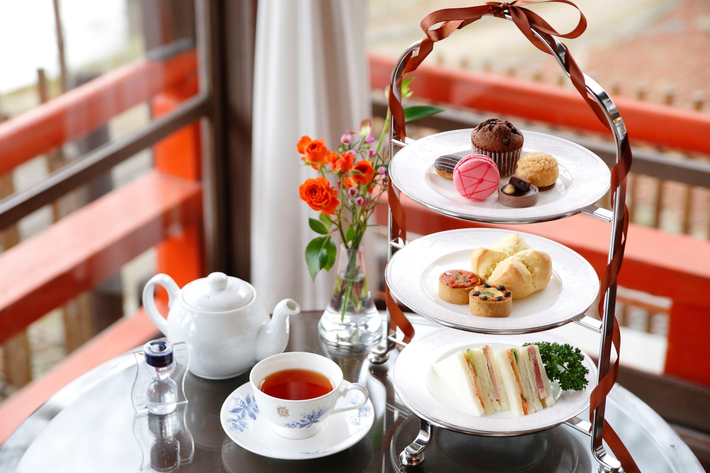 【ティーラウンジ】Chocolate&Pink Afternoontea♪