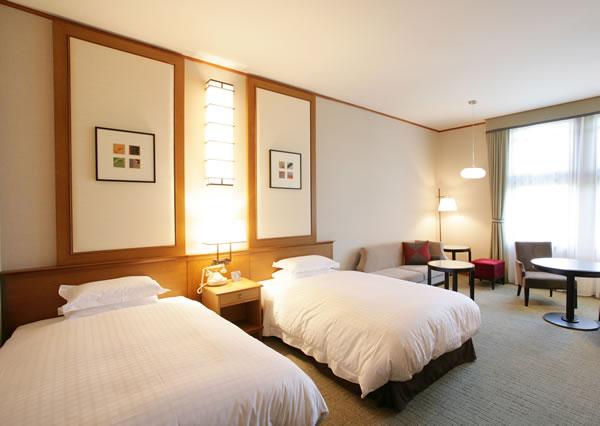 Habitaciones hotel nara for Habitaciones de dos camas