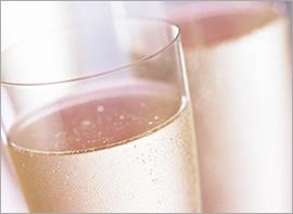 ★GW期間限定 奈良ホテルの苺アフタヌーンティー グラスシャンパン付き